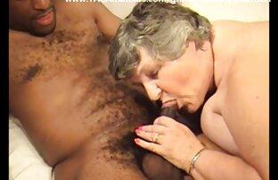 रूसी पॉर्न स्टार Berkova की सेक्सी पिक्चर वीडियो में सेक्सी भागीदारी के साथ सेक्स पार्टी