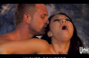 सौंदर्य के सेक्सी सेक्सी पिक्चर वीडियो में साथ एक भयानक शरीर झूठ पर के मालिश तालिका