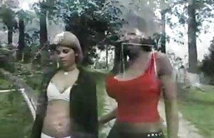लड़की ट्रांस की दीवार के माध्यम से सेक्सी सेक्सी पिक्चर हिंदी में लिंग पर खींचती है