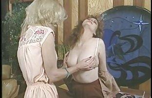 सुंदर chixes सेक्सी पिक्चर भेजो वीडियो में अपने आकर्षण और कौशल दिखाने